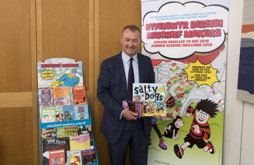 Local MP Simon Hart is encouraging all primary school children to take part in this year's Summer Reading Challenge
