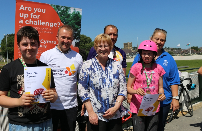Simon Hart MP has joined a group of keen Welsh cyclists taking on an epic 320 mile journey across Wales