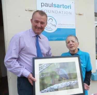 Simon Hart MP is pictured with Ruth Barnes, supervisor of the Paul Sartori Hospice Shop